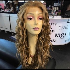 Accessories - Blonde curly wig Swisslace Lacefront Long 2019